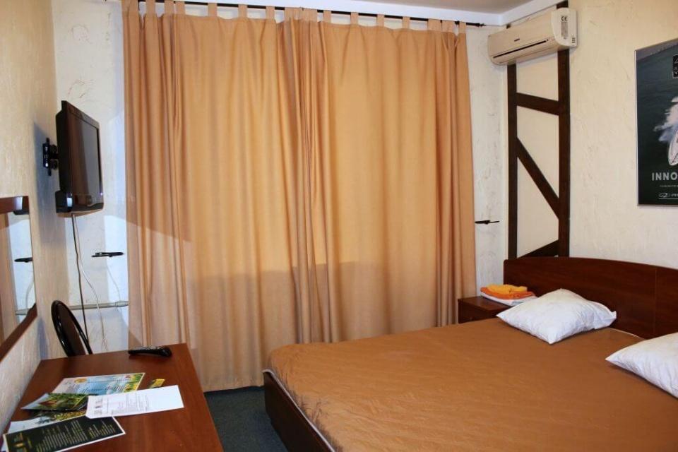 База отдыха «Подсолнух» Саратовская область 1-комнатный номер в Зимнем корпусе, фото 3