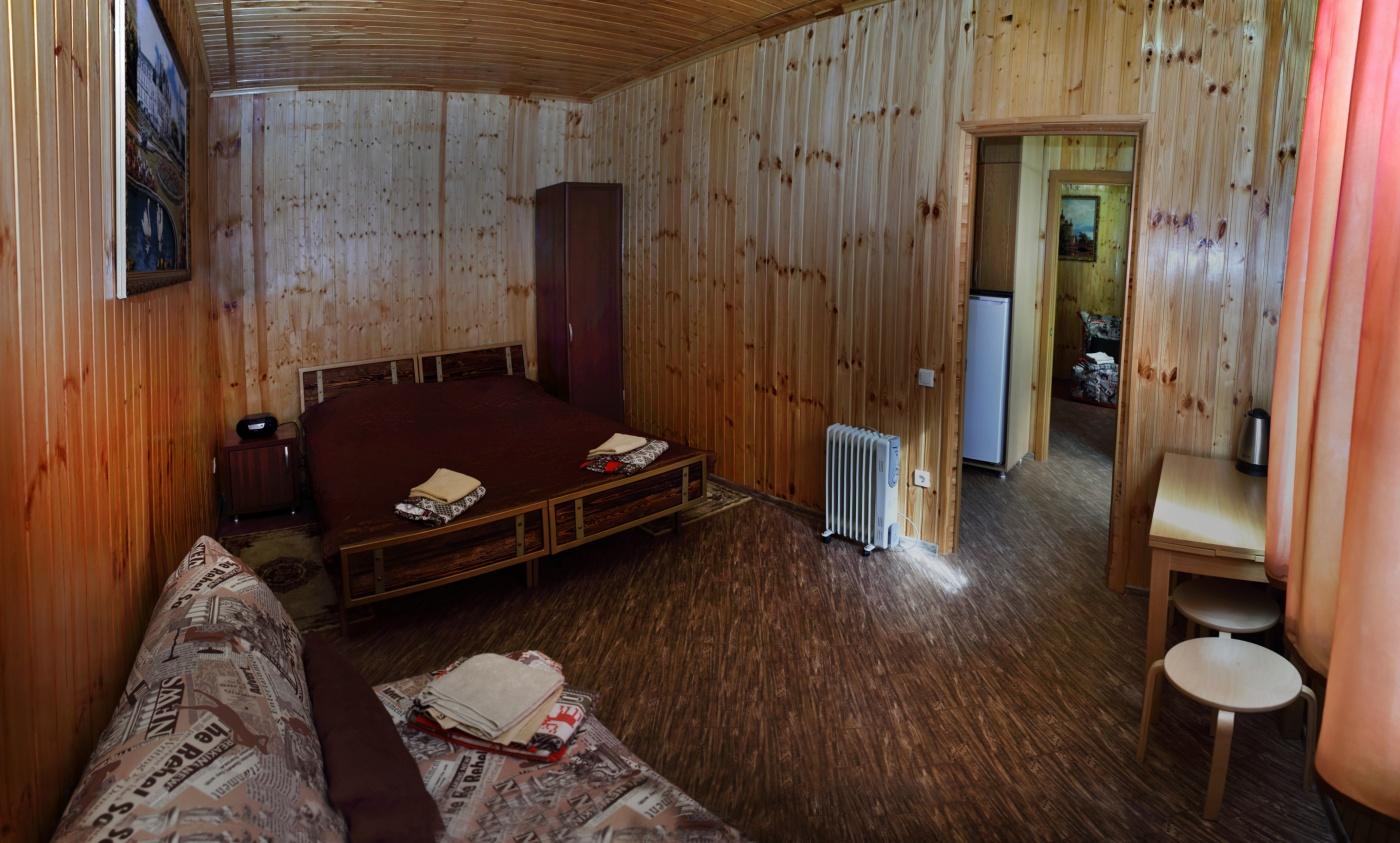 База отдыха «Горное Поместье» Краснодарский край Двухкомнатный 8-местный коттедж, фото 3
