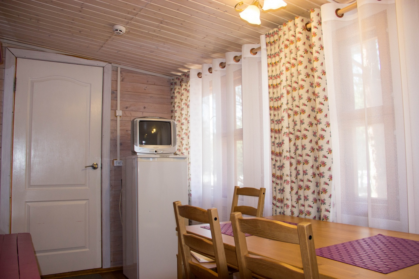 Дачный комплекс «Коприно» Ярославская область 2-местный домик № 16, 17, 18, 19, фото 6