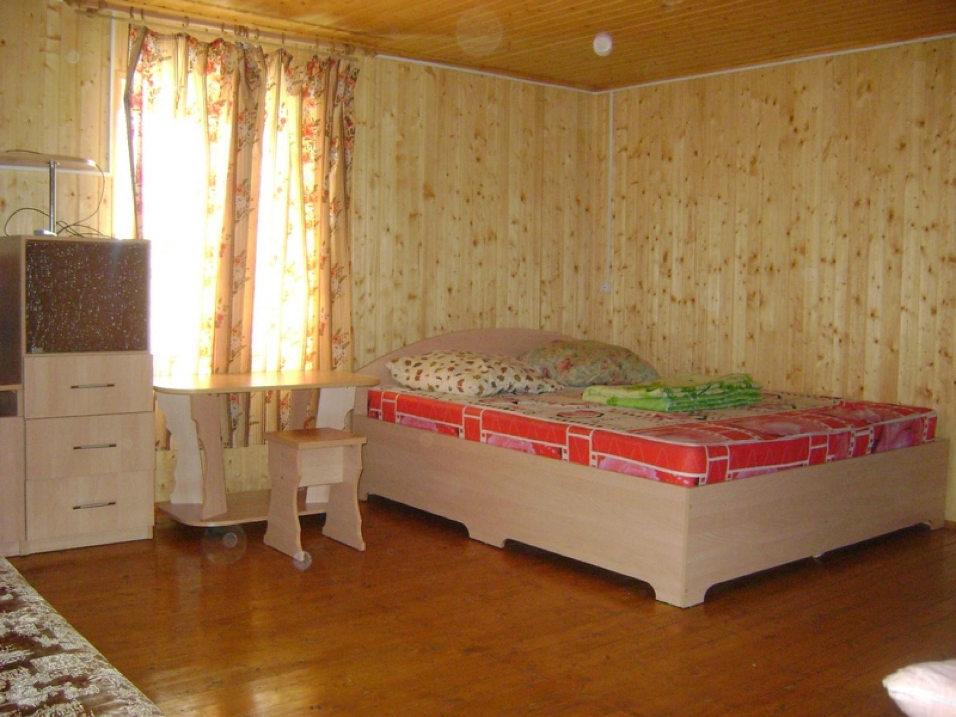 """База отдыха """"Юг"""" Кировская область 2-х этажный гостевой домик , фото 1"""