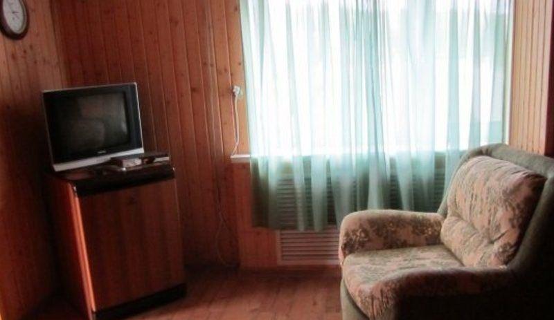База отдыха «Иконки» Тульская область 3-местный номер, фото 1