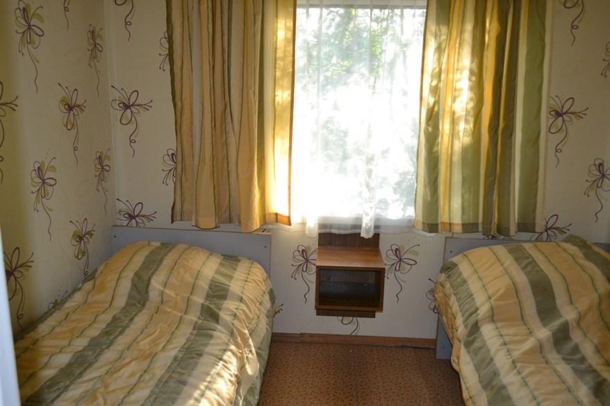 База отдыха «Окатур» Тульская область 3-местный летний домик № 9, фото 2