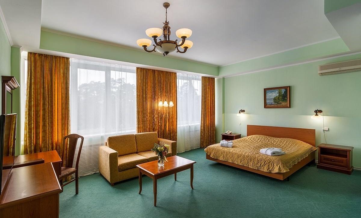Оздоровительный комплекс «Devon Resort & Spa» Московская область Номер «Полулюкс», фото 3