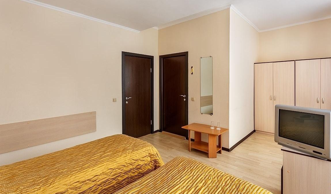 Оздоровительный комплекс «Devon Resort & Spa» Московская область Номер «Эконом» с двумя кроватями, фото 2
