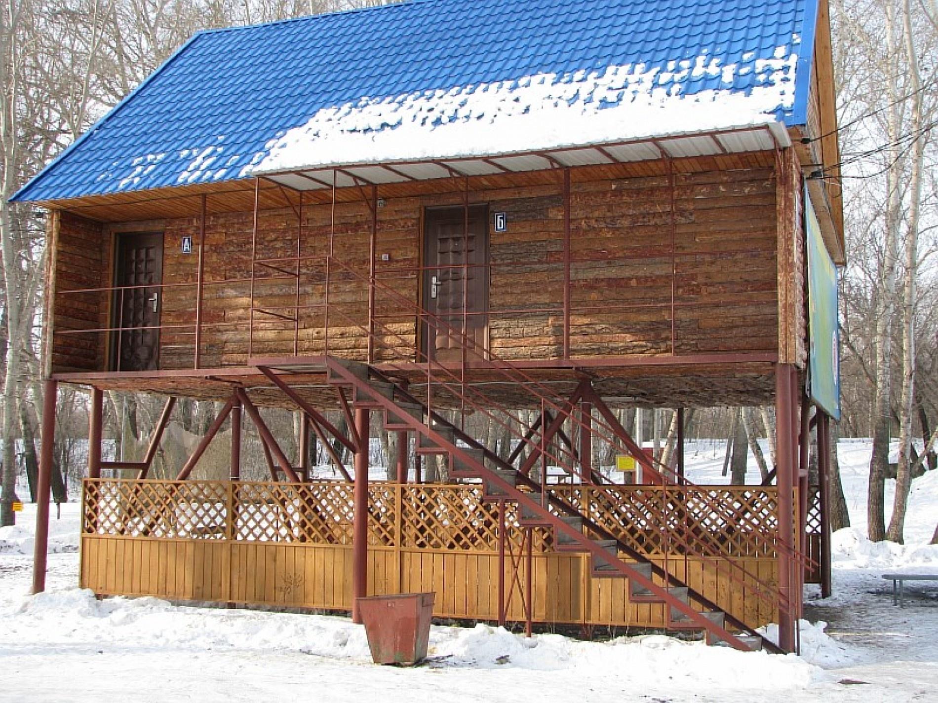 """База отдыха """"Экстрим-Парк"""" Оренбургская область 2-х комн домик (№1,2,3,4,5,6,8).""""эконом"""" (4 человека), фото 2"""