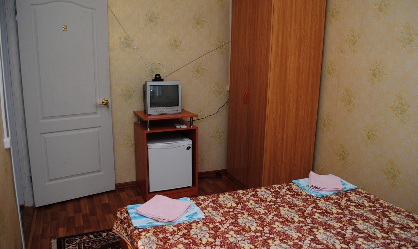 """База отдыха """"Прибой"""" Краснодарский край 2-местный номер с частичными удобствами в корпусе, фото 3"""