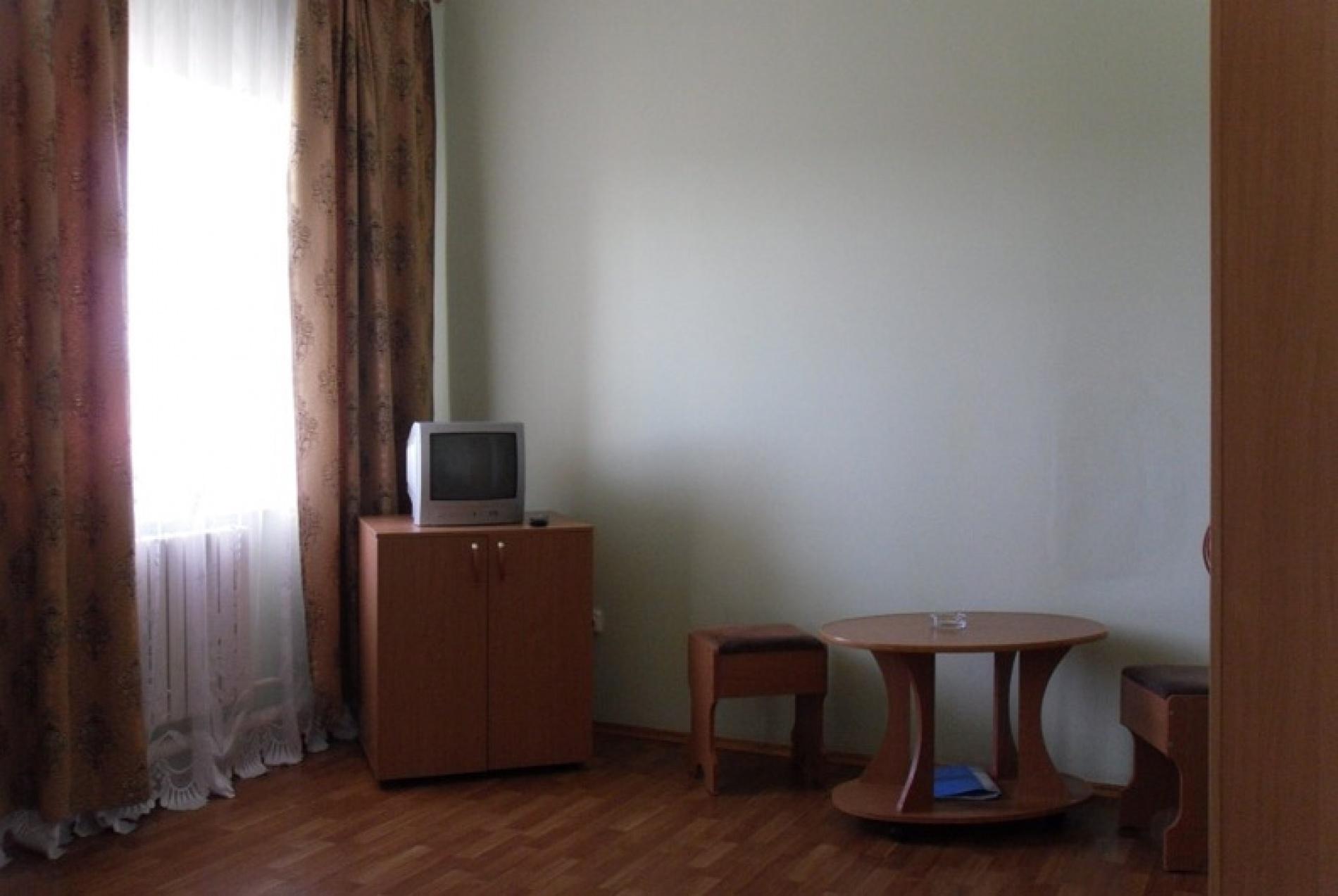 """База отдыха """"Майорка"""" Оренбургская область Номер 2-местный 2-комнатный , фото 3"""