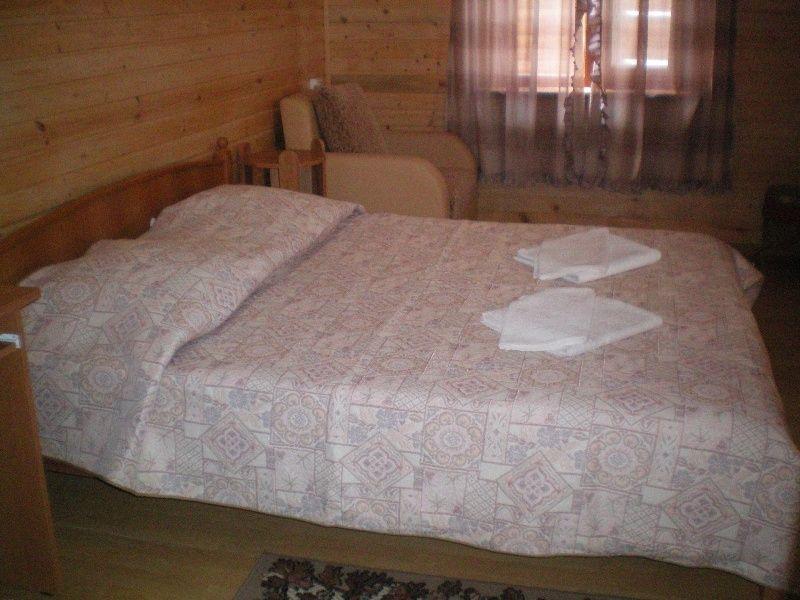 База отдыха «Крестьянское подворье» Краснодарский край Финский домик 3-местный 1-комнатный с верандой , фото 2