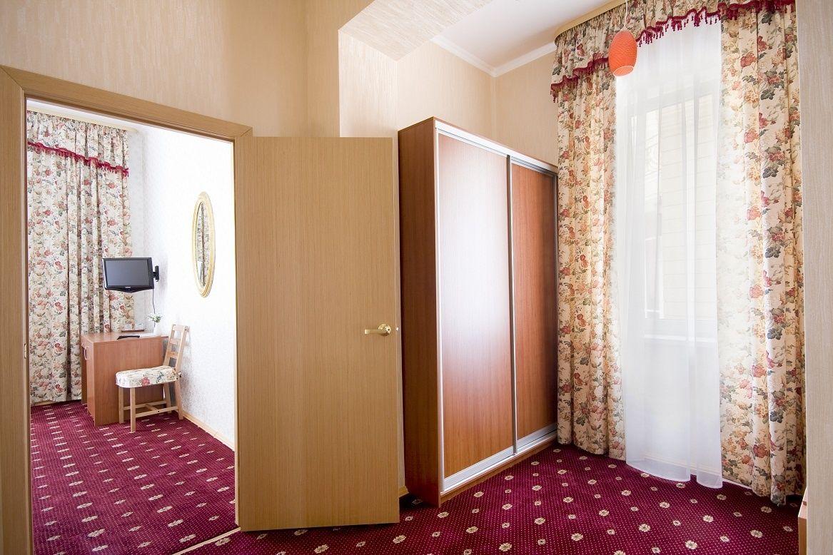 База отдыха «Солнечный берег» Свердловская область 2-комнатный номер повышенной комфортности, фото 5