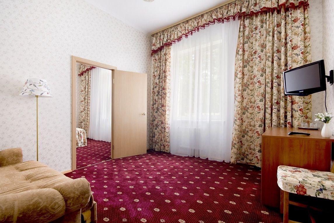 База отдыха «Солнечный берег» Свердловская область 2-комнатный номер повышенной комфортности, фото 4