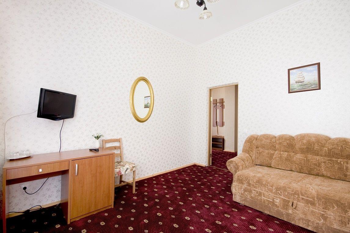 База отдыха «Солнечный берег» Свердловская область 2-комнатный номер повышенной комфортности, фото 3
