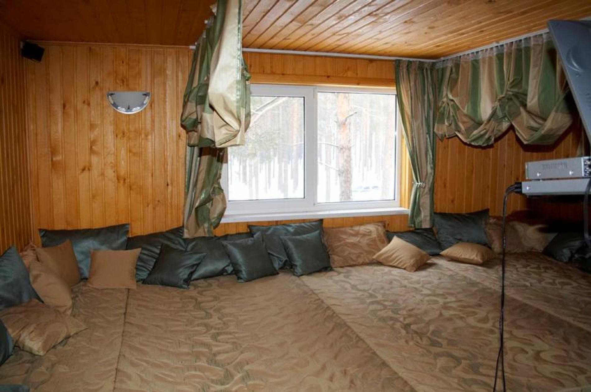 """База отдыха """"Затерянный рай"""" Тюменская область Коттедж № 2 15-ти местный 2-х этажный, фото 6"""