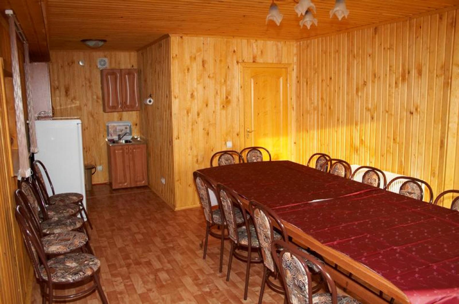 """База отдыха """"Затерянный рай"""" Тюменская область Коттедж № 2 15-ти местный 2-х этажный, фото 7"""