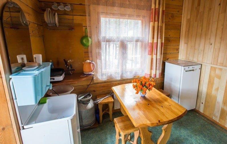 Культурно-оздоровительный центр «Радуга» Республика Бурятия Комната 3-местная в Гостевом доме, фото 2