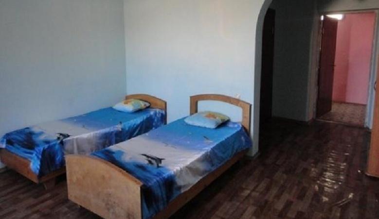 """База отдыха """"Дельфин"""" Республика Дагестан 2-местный номер Люкс с балконом на море, фото 1"""