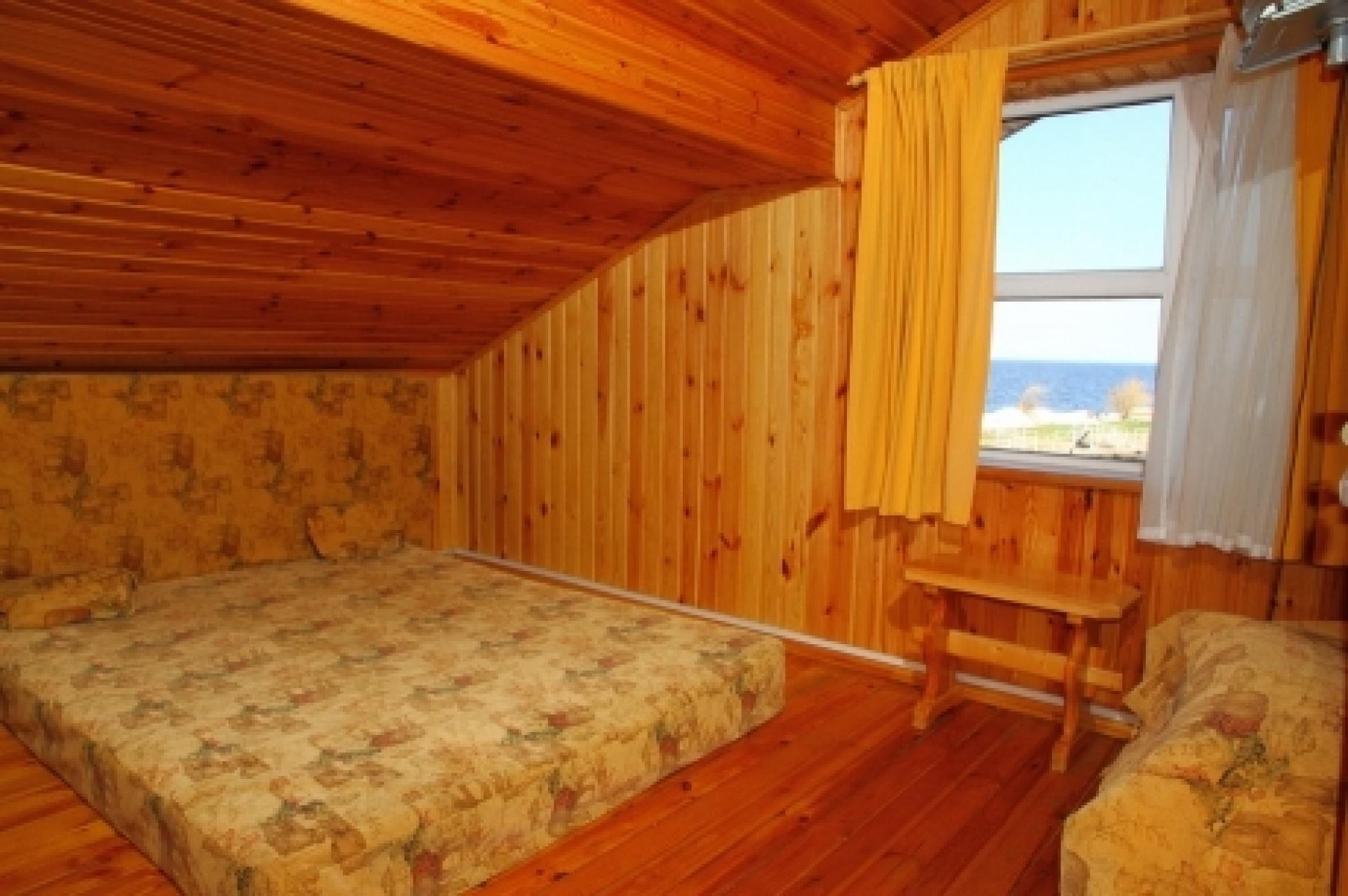 Загородный отель «Плесков» Псковская область Домик на берегу (6 спален), фото 1