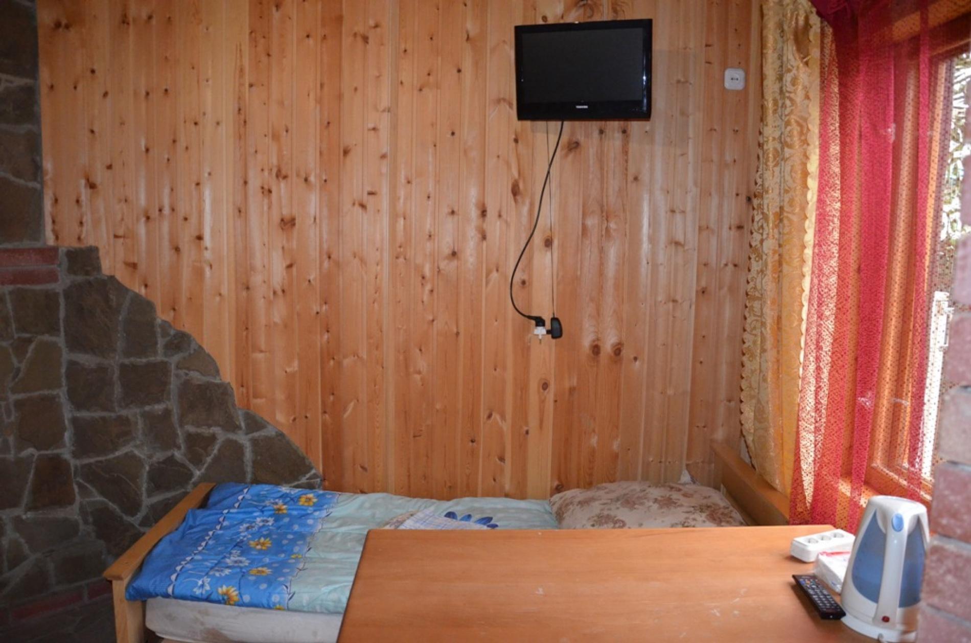 """База отдыха """"Кемпинг у Камина"""" Республика Адыгея Трехместный номер с камином, фото 7"""