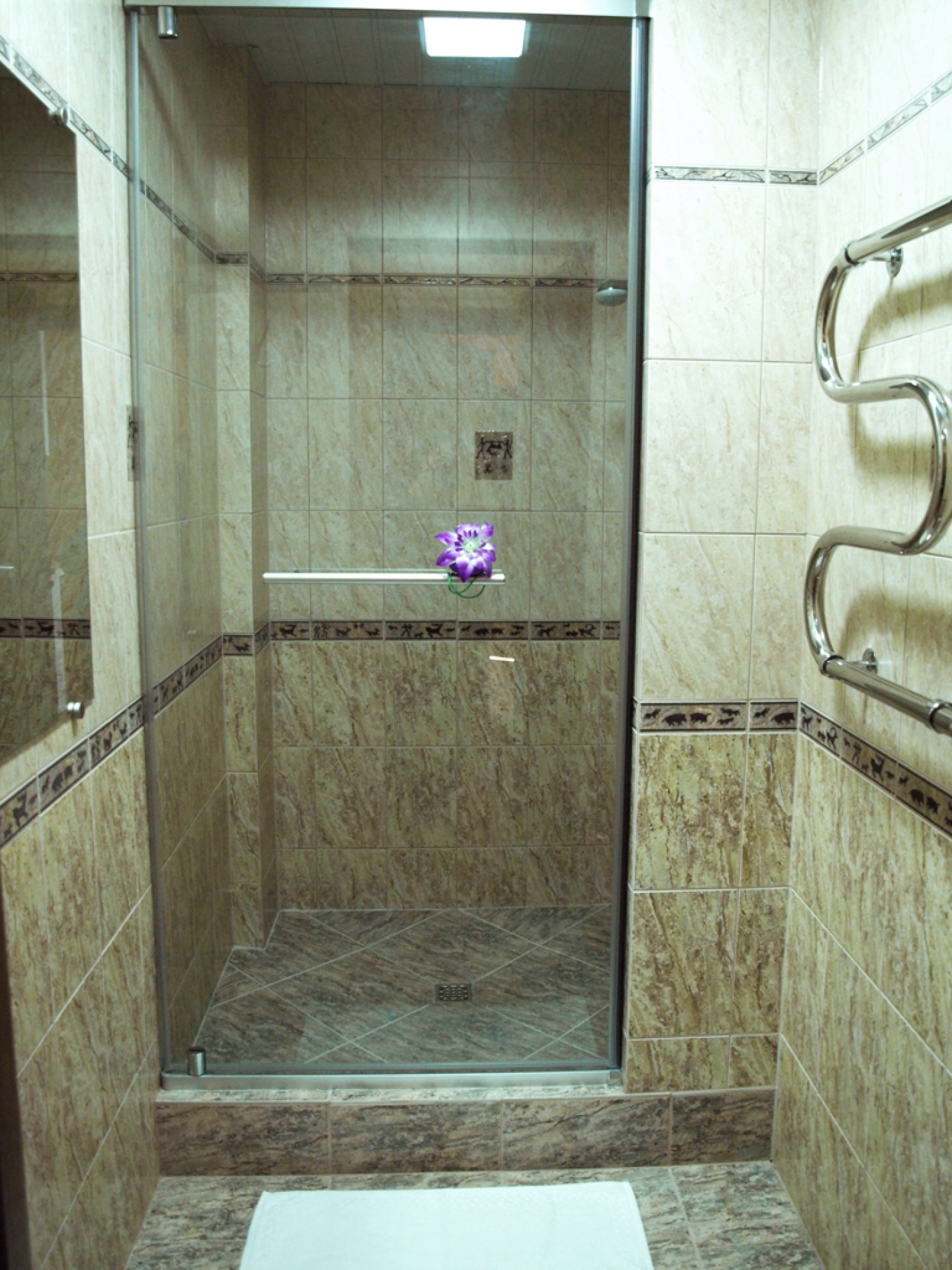 """База отдыха """"Хадарта"""" Иркутская область Улучшенный двухместный номер TWIN, фото 2"""
