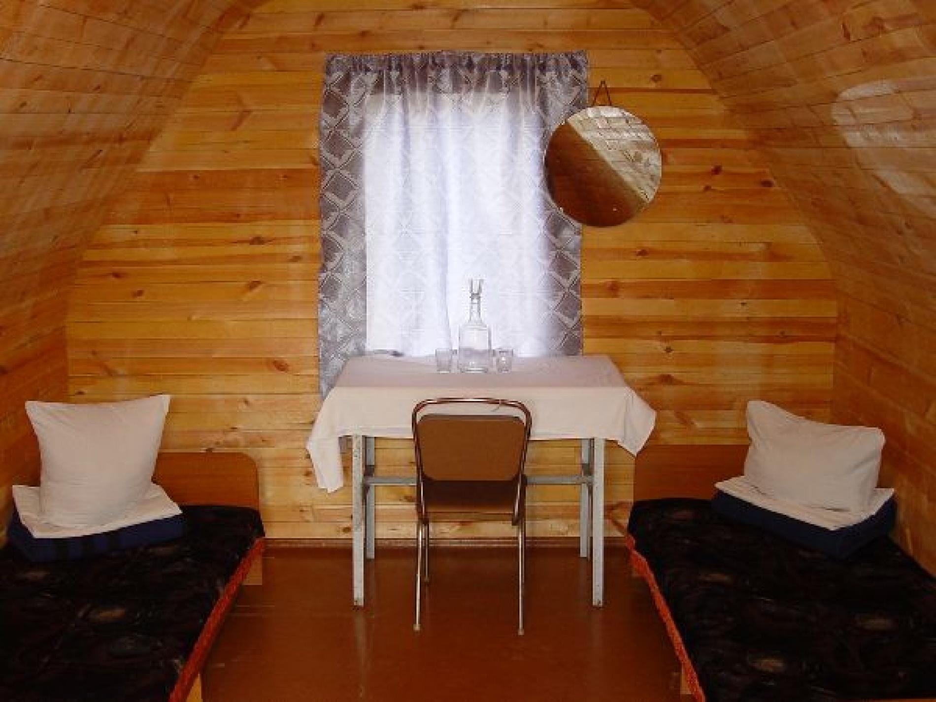 """База отдыха """"Маломорская"""" Иркутская область 2-х местный полублагоустроенный номер, фото 2"""