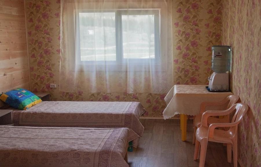 """База отдыха """"Байкальский ветер"""" Иркутская область """"Благоустроенный номер"""", фото 2"""