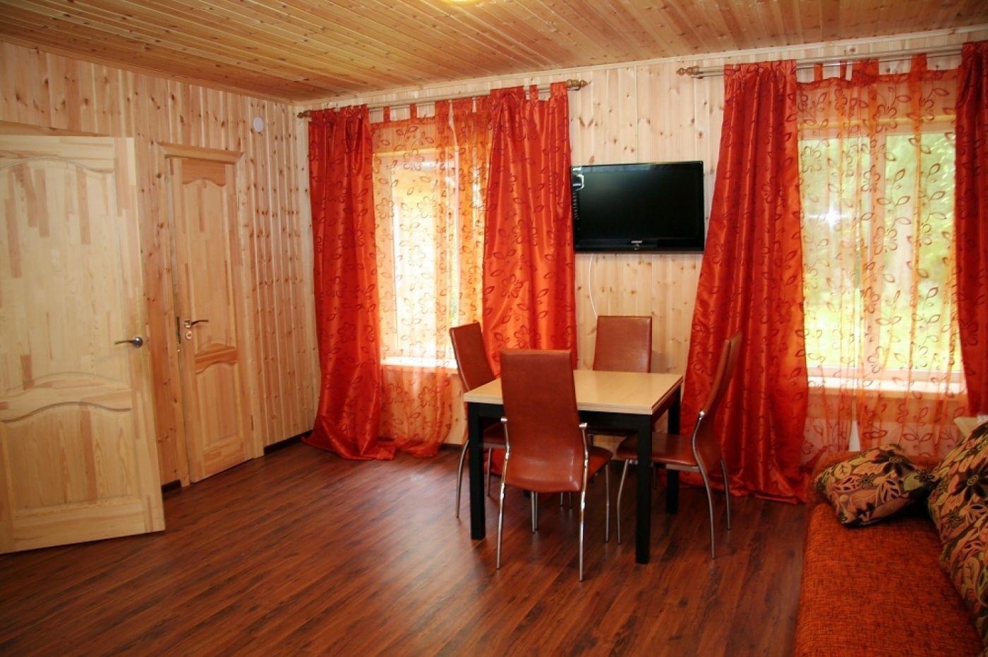 База отдыха «Соколинское» Ленинградская область 6-местный дом, фото 4