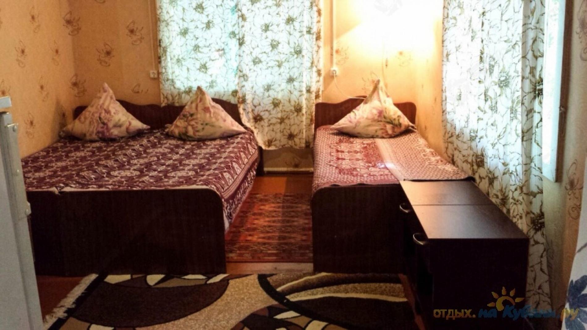 """База отдыха """"Черномор и Ко"""" Краснодарский край 3-местный номер, фото 1"""