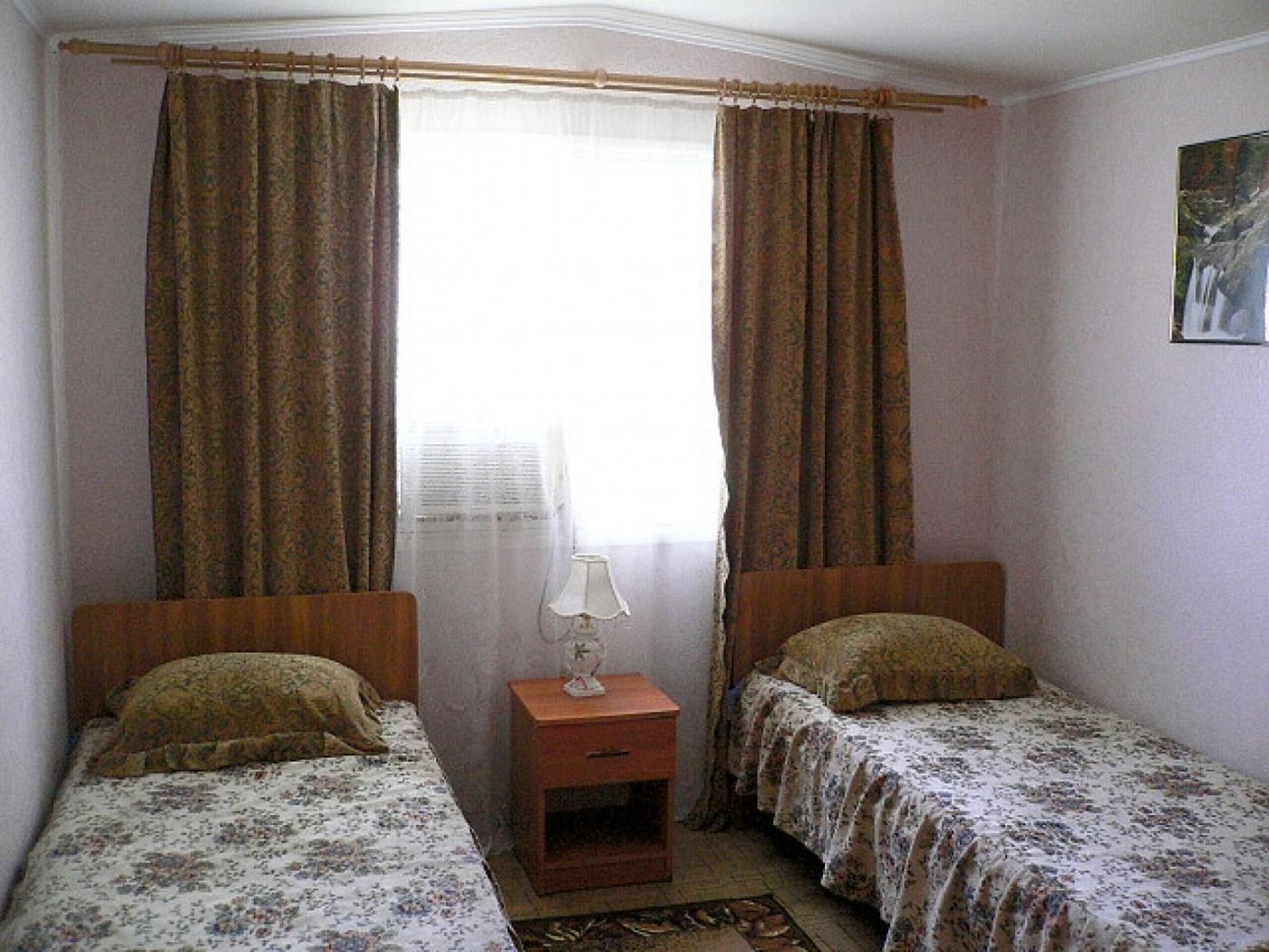 База отдыха «Бережок» Астраханская область 2-местный домик, фото 1