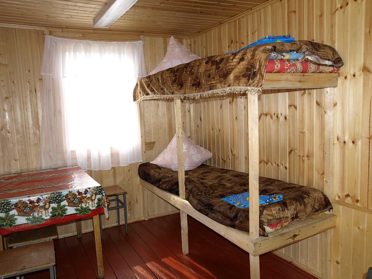 Рыболовная база «Бряус» Республика Карелия 6-местный домик (2-ярусные кровати), фото 1