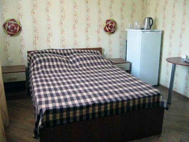 Турбаза «Иволга» Саратовская область Гостиница «Иволга», номер 2-местный с кухней, фото 1
