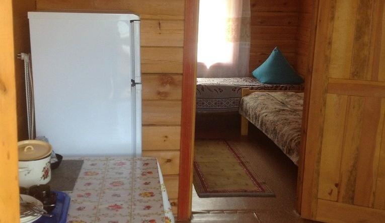 """База отдыха """"Зуун-Хагун"""" Иркутская область 2-х местный номер с отдельным входом, фото 1"""