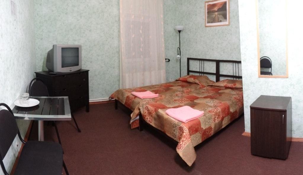 База отдыха «Спутник» Нижегородская область Номер «Стандарт-холл» 7-местный, фото 1