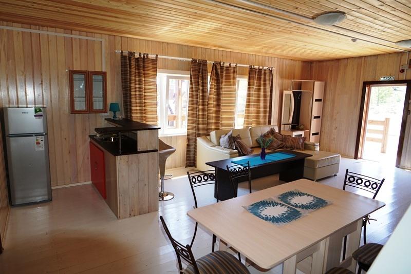 База отдыха «Чара» Иркутская область Дом с тремя спальнями, фото 4