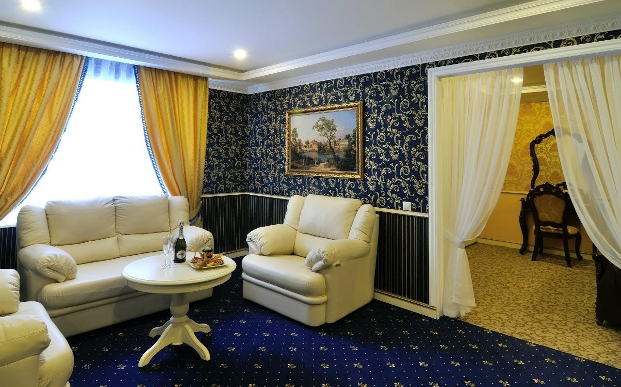 Загородный гостиничный комплекс «Старые традиции» Ленинградская область Номер «Люкс», фото 7