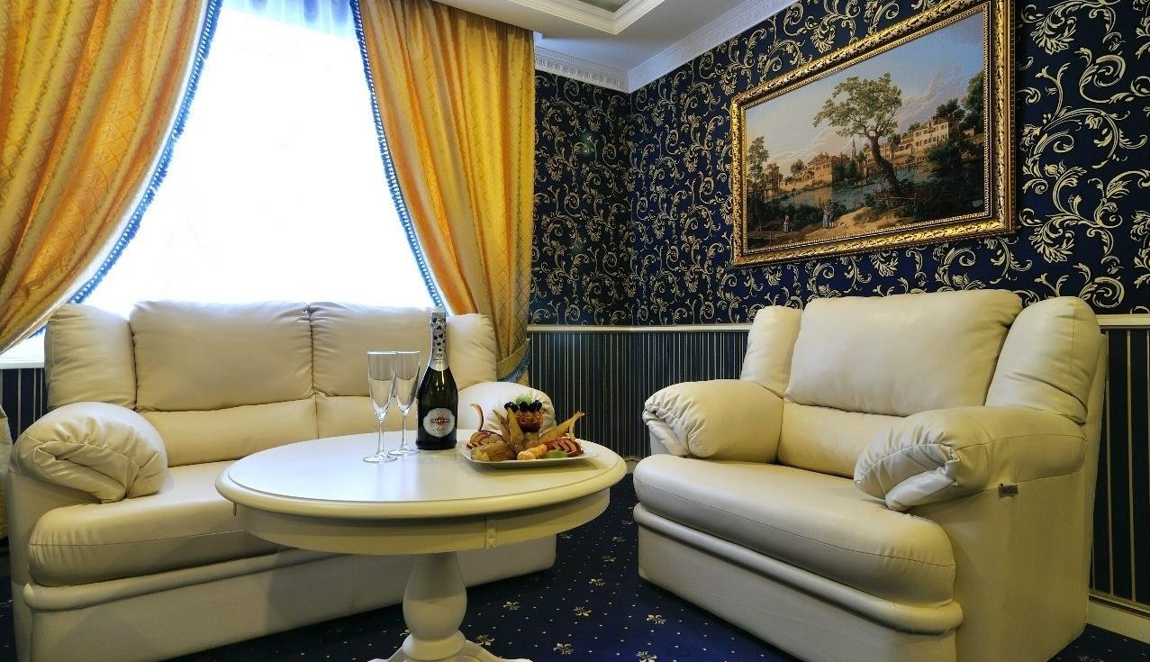 Загородный гостиничный комплекс «Старые традиции» Ленинградская область Номер «Люкс», фото 6
