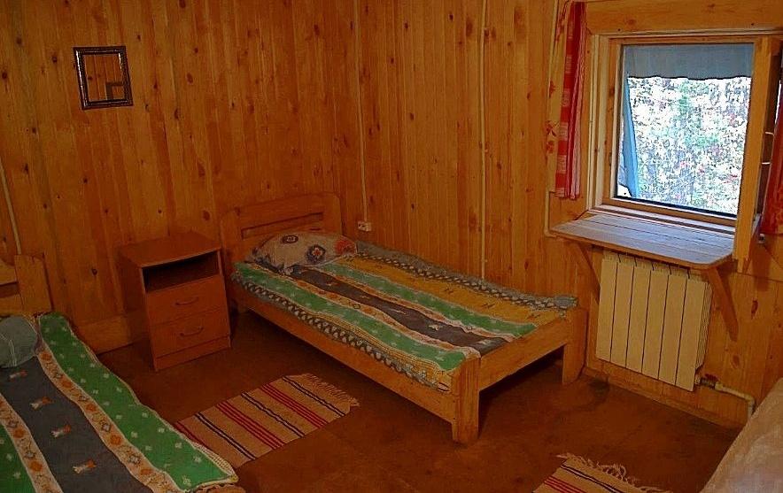 """База отдыха """"Дубровино"""" Новосибирская область Номер в спальном корпусе, фото 3"""