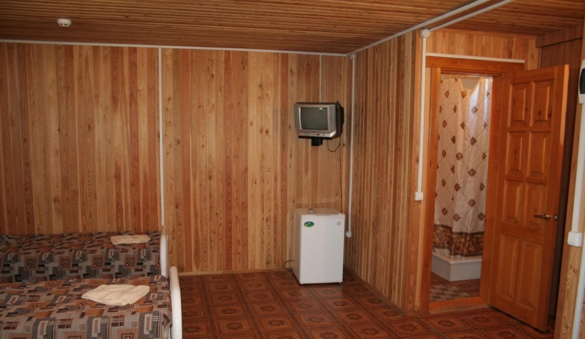 """База отдыха """"Серфприют"""" Краснодарский край 4-местный номер Стандарт, фото 5"""