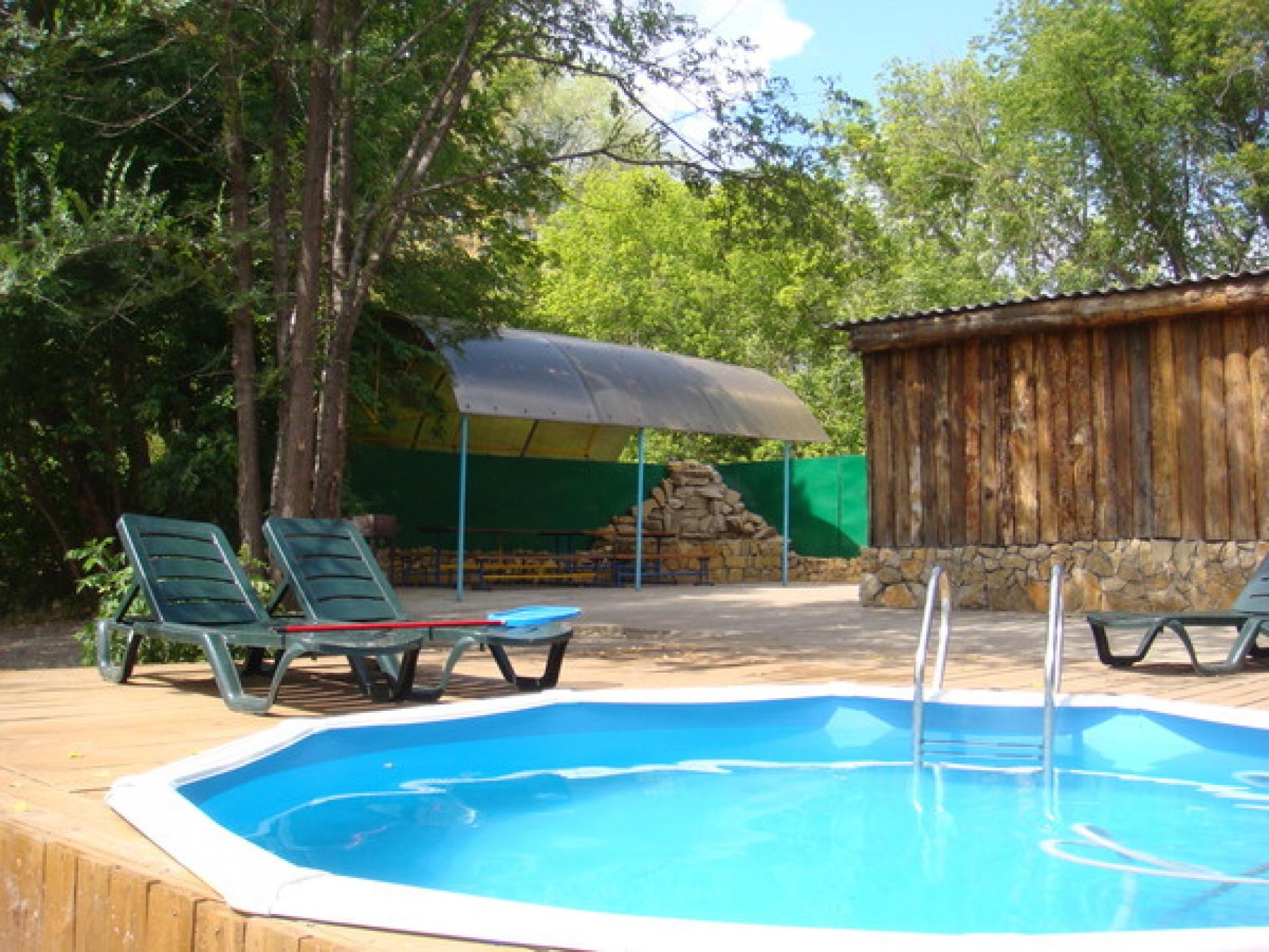 """База отдыха """"Усадьба на Микутке"""" Оренбургская область Дом (средний) с беседкой и летним бассейном, фото 3"""
