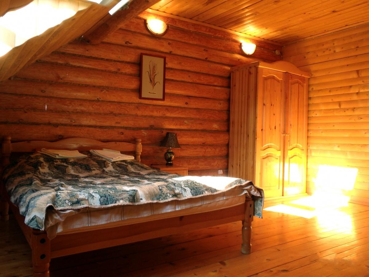 База отдыха «Константинова Усадьба» Новгородская область 4-местный номер в семейном коттедже, фото 3