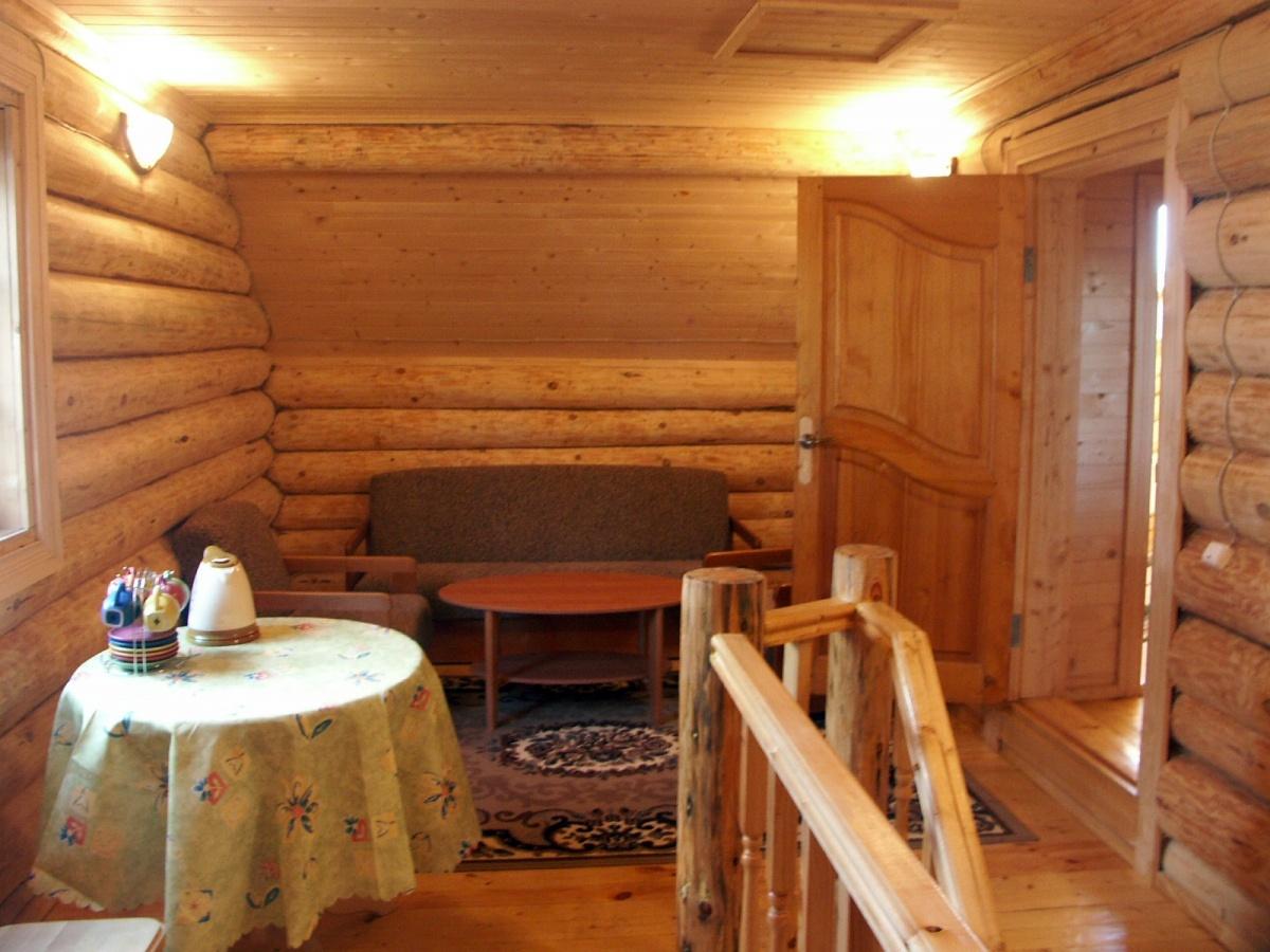 База отдыха «Константинова Усадьба» Новгородская область 4-местный номер в бревенчатом доме, фото 4