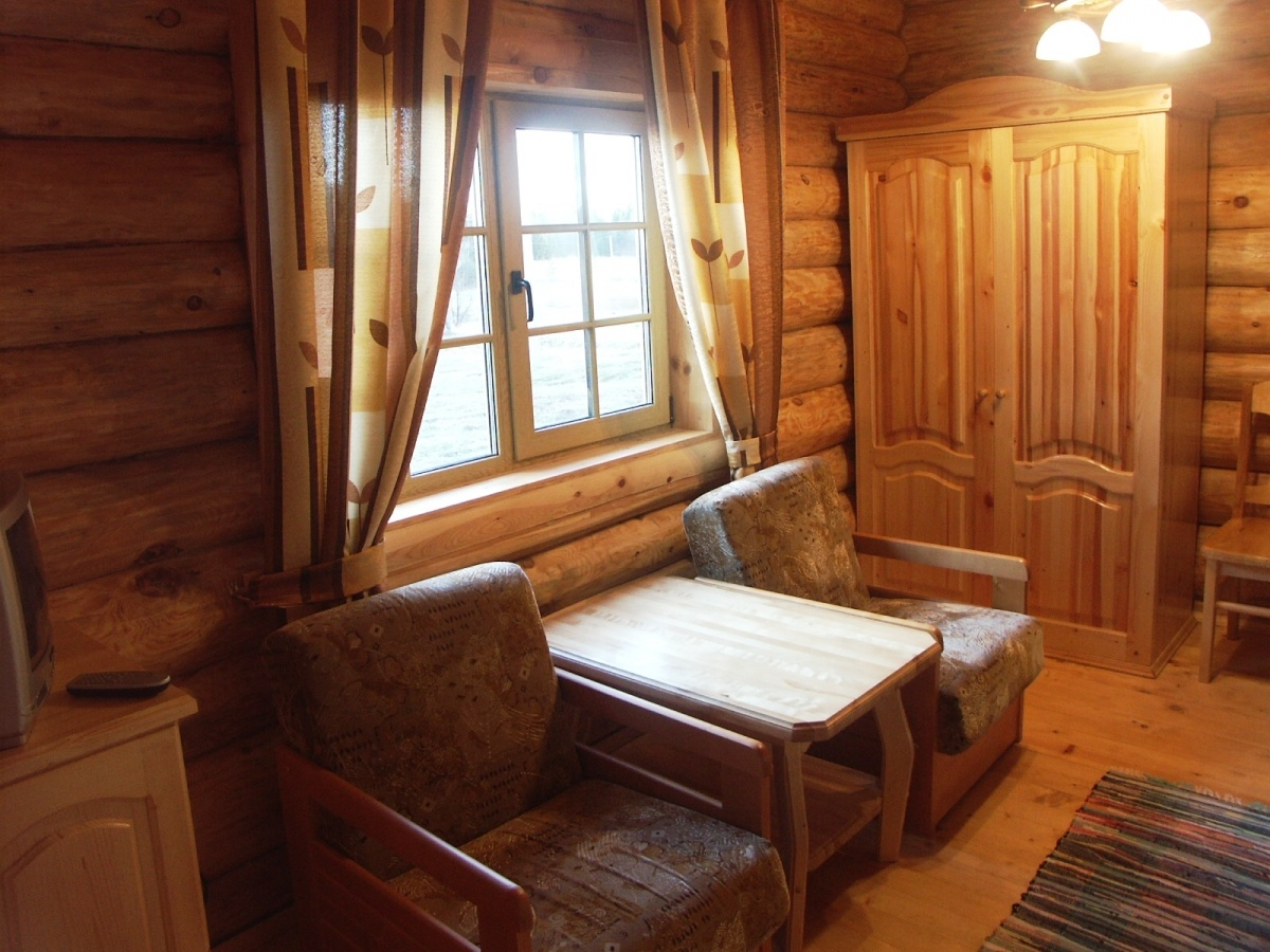 База отдыха «Константинова Усадьба» Новгородская область 2-местный номер в бревенчатом доме, фото 3
