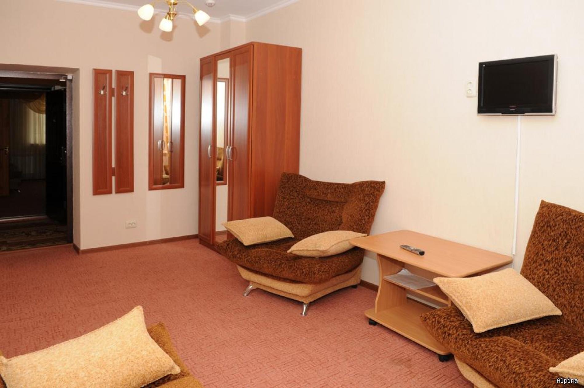 """Парк-отель """"Alpina"""" Кабардино-Балкарская Республика Номер Люкс 2-х комнатный, фото 3"""