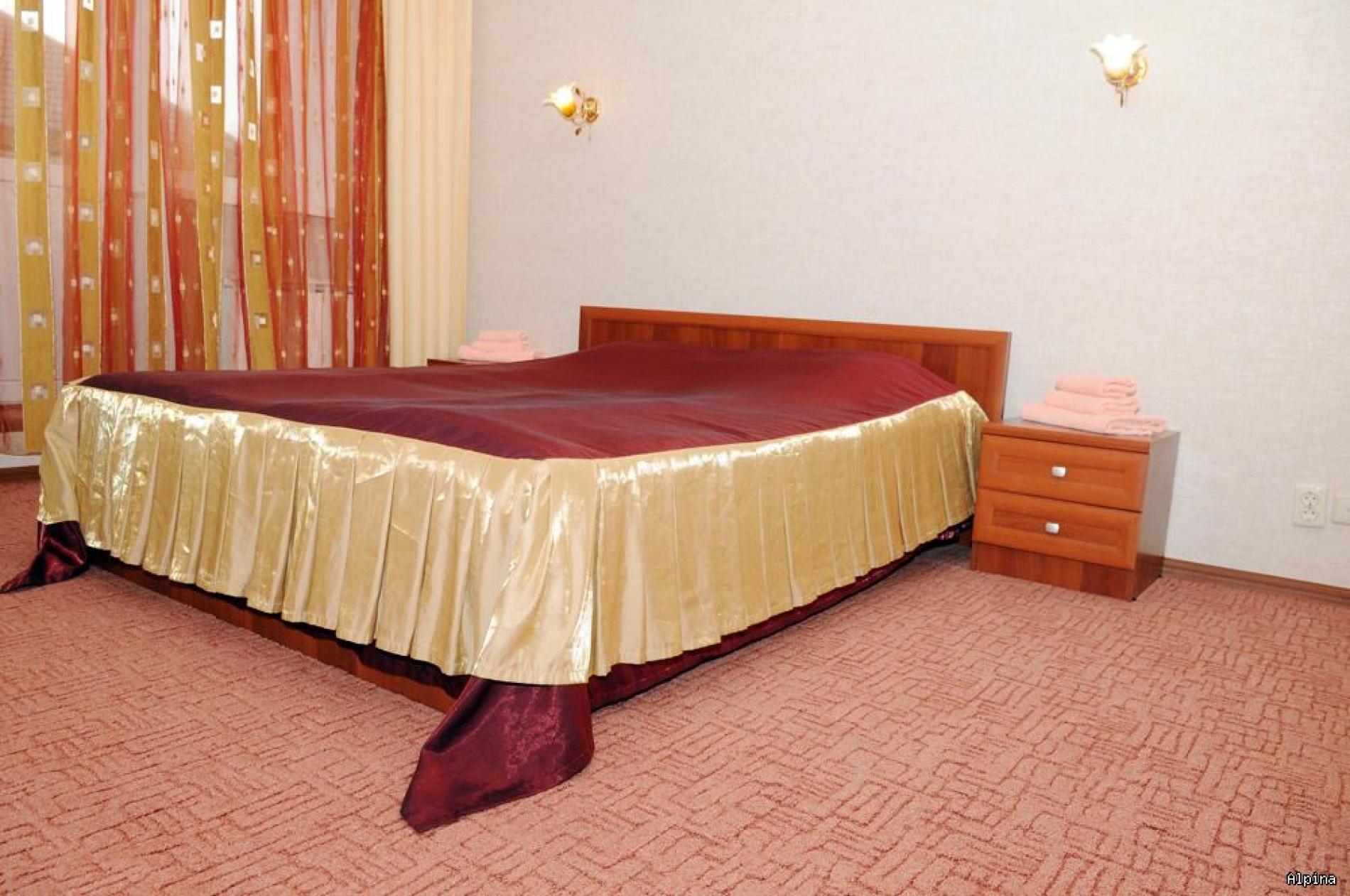 """Парк-отель """"Alpina"""" Кабардино-Балкарская Республика Номер Люкс 2-х комнатный, фото 1"""