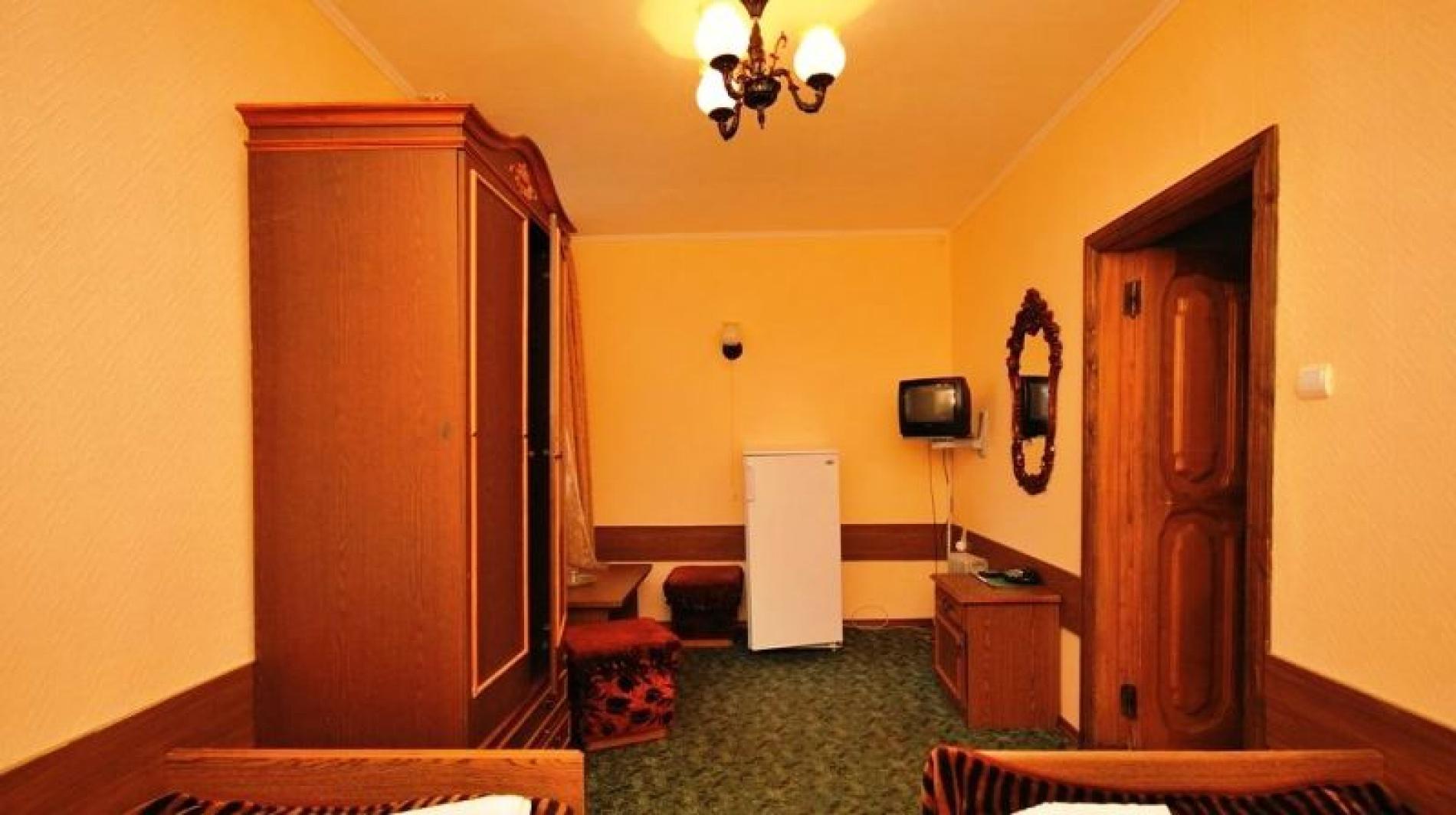"""Гостиница """"Снежинка"""" Карачаево-Черкесская Республика BDR (bedroom) 2-местный 2-комнатный Корпус 2, фото 4"""