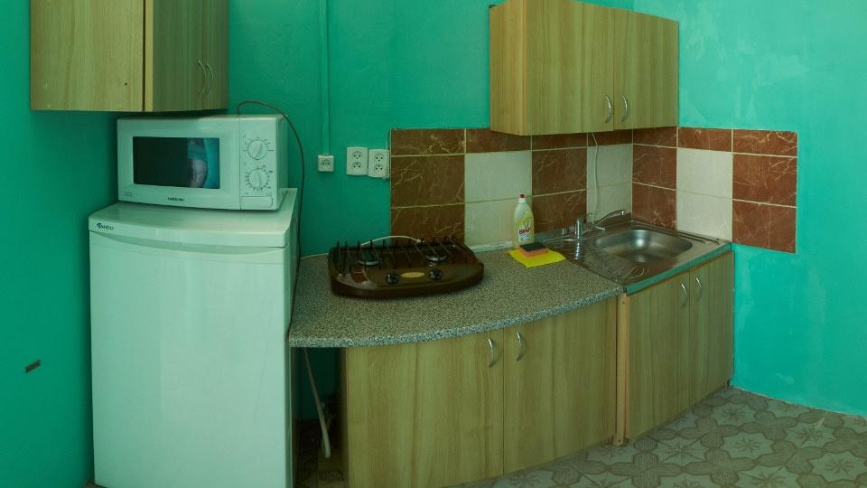 Гостевой дом «Бирюза» Республика Крым Двухместная комната 2-й этаж (с доп.местом), фото 3