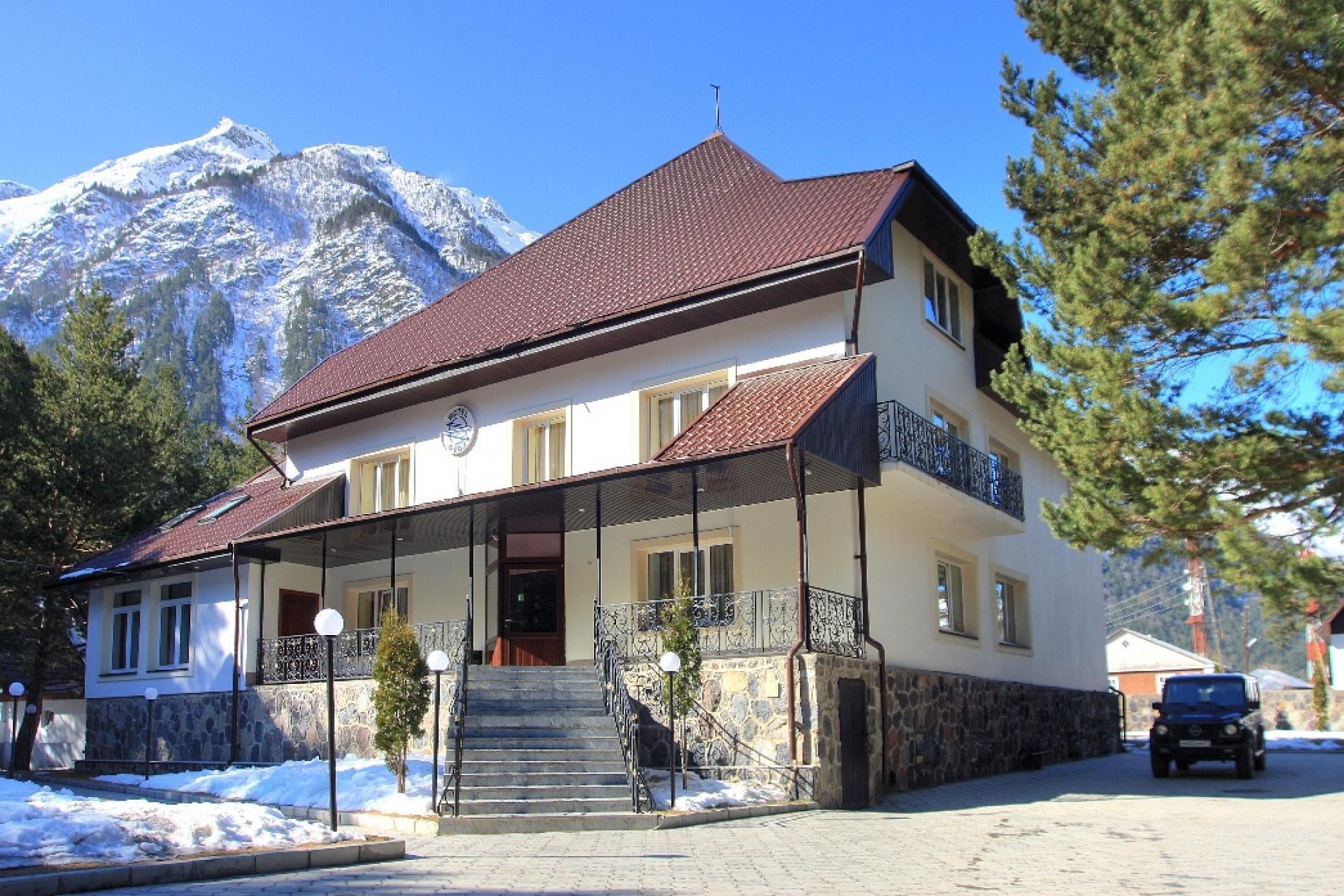 """Парк-отель """"Ozon Landhaus"""" Кабардино-Балкарская Республика, фото 1"""