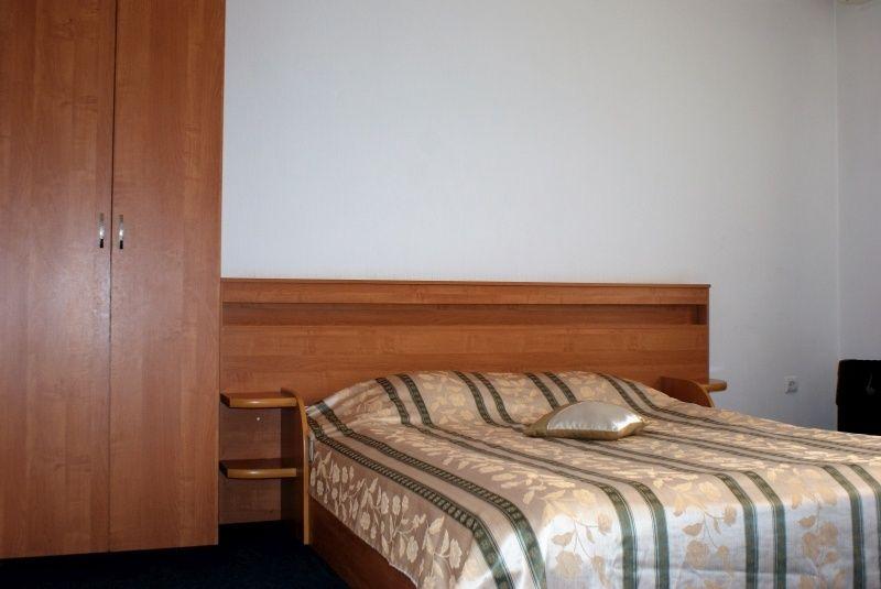 Гостиница «Корона» Ставропольский край Номер «Полулюкс», фото 2
