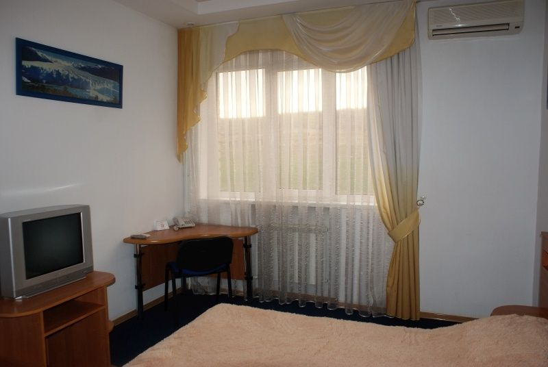 Гостиница «Корона» Ставропольский край Номер «Полулюкс», фото 5